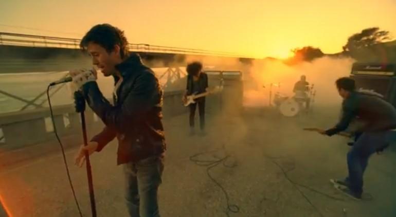 New video: Enrique Iglesias – Heart Attack - Flecking Records