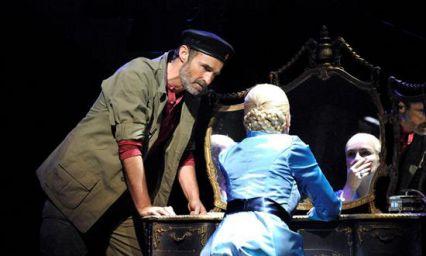 Evita review – Edinburgh Playhouse