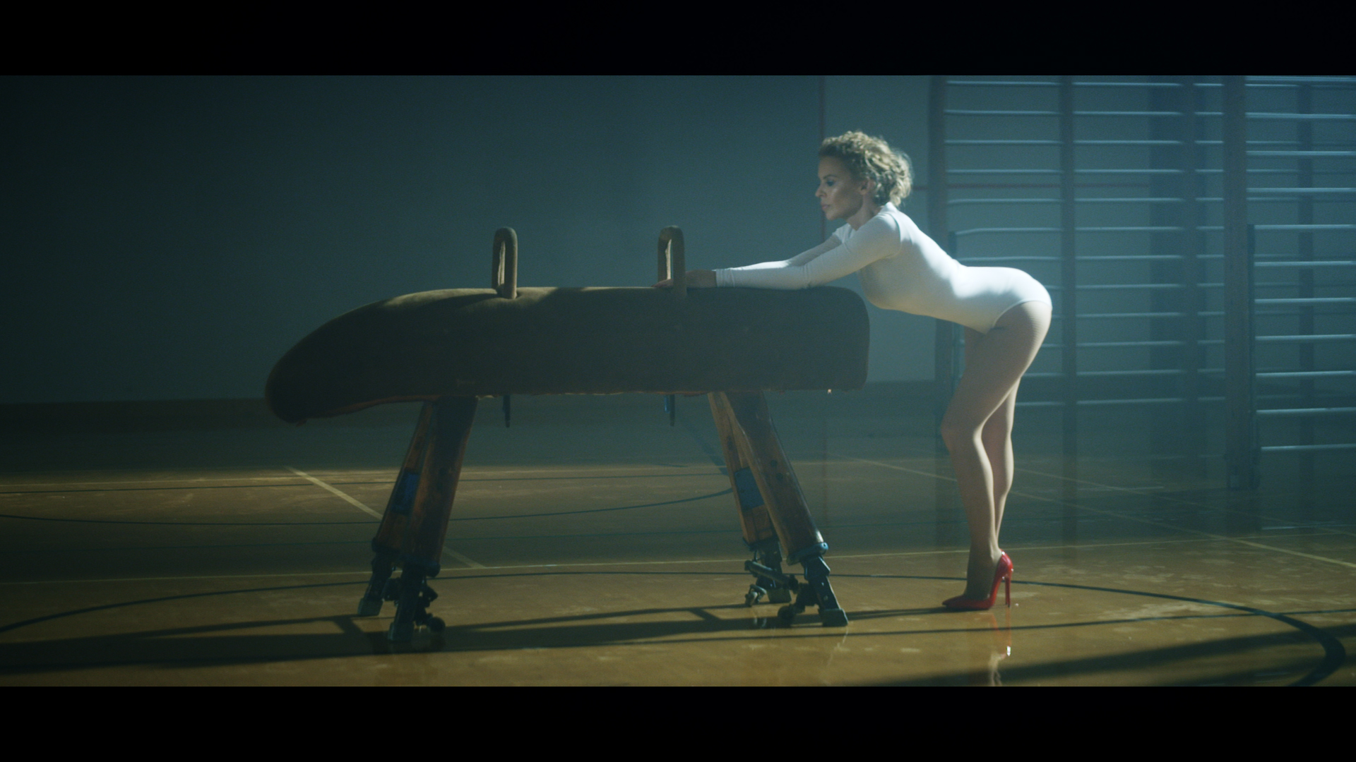 Kylie launches hot new video for Sexercize