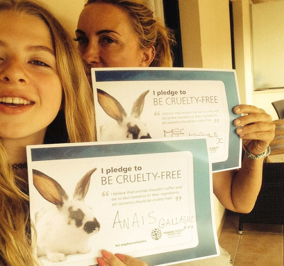 Meg Mathews & Anaïs Gallagher Say No to Cosmetics Animal Testing in Cute Selfies for the Be Cruelty-Free Campaign