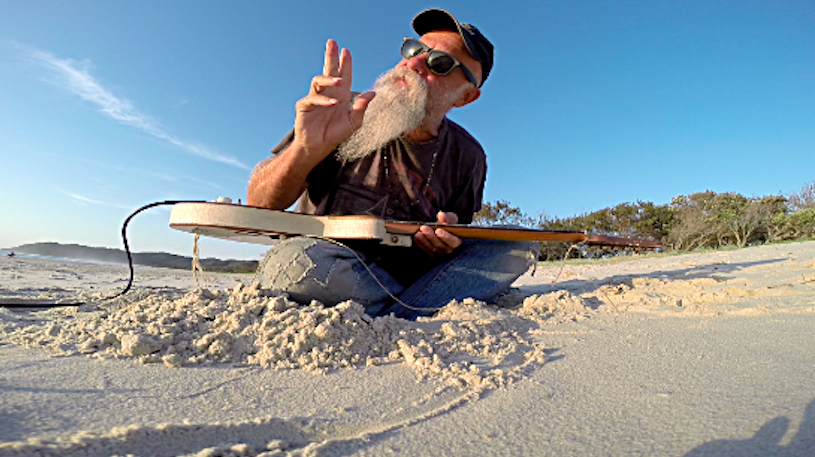 Seasick Steve debut 'Can U Cook?'