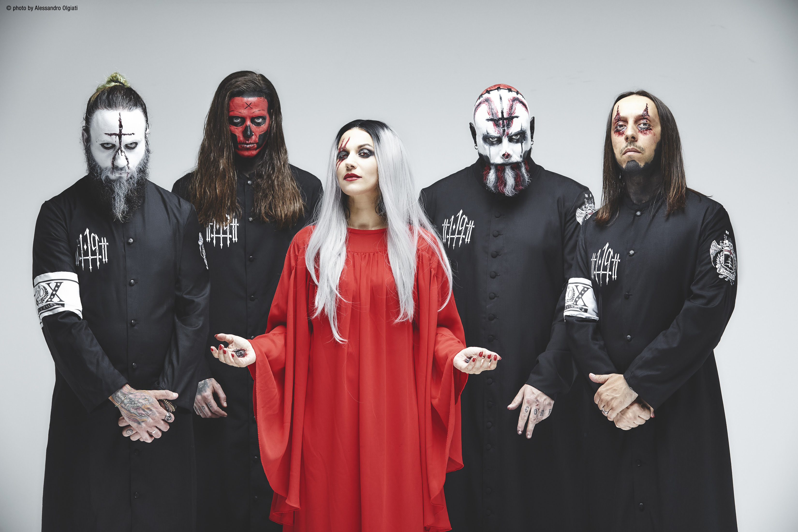 "Lacuna Coil release ""Blood, Tears, Dust"" live video"